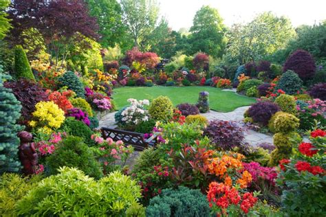a flower garden 10 most beautiful made flower gardens in the world