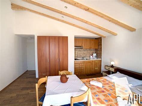 appartamenti mira appartamenti mira brela croaziavacanza it