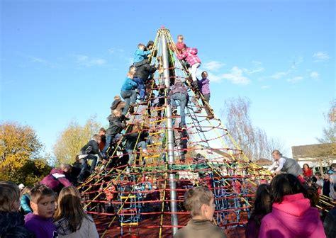 Lu Gentur kletterpyramide lueckerath
