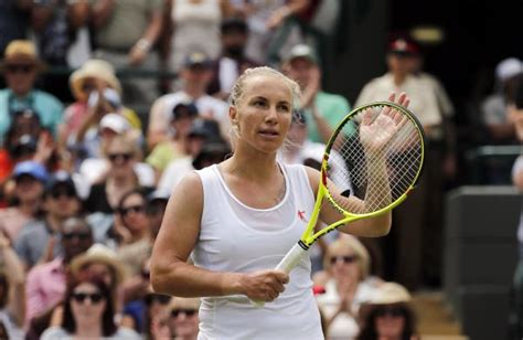 kuznetsova cuts her own hair to beat radwanska topic