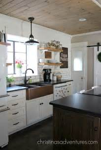 best 25 white farmhouse kitchens ideas on