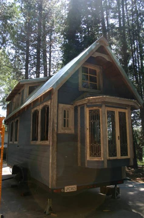 You Ll Fall In Love With This Victorian Inspired Tiny Molecule Tiny Houses