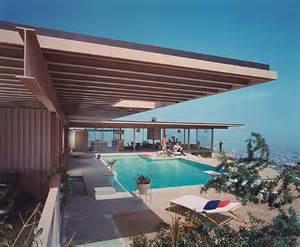 D J Patio Furniture プールのある高台の家 住宅デザイン 画像 プール付きの家まとめ セレブ豪邸 Naver まとめ