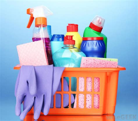 Kitchen Cabinet Cleaning Products by How Do I Clean Kitchen Cabinets With Pictures