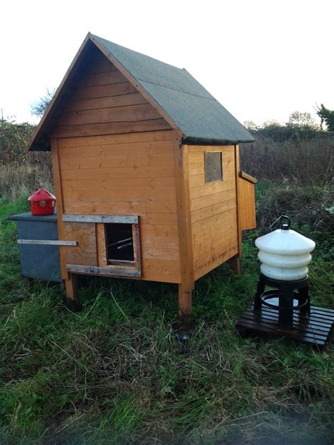 chicken house for sale chicken house for sale chicken coop for sale newport newport pets4homes