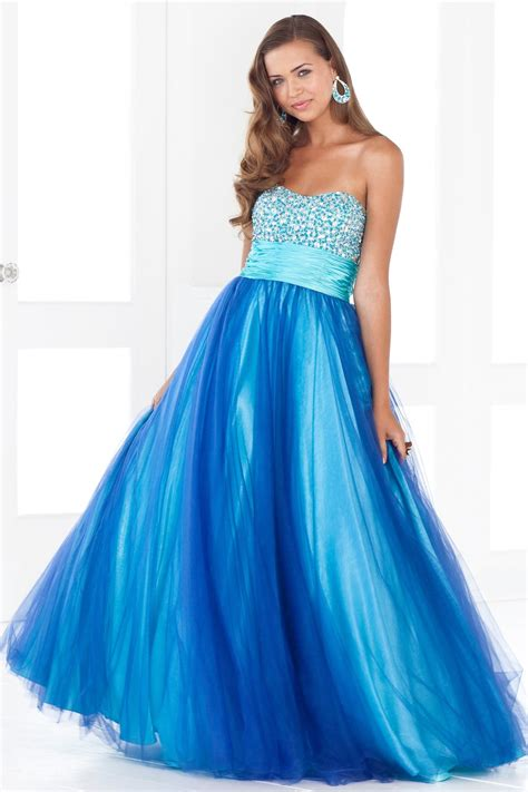 cute short hairstyles are classic blue prom dresses are