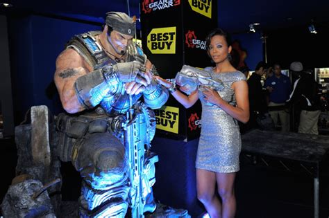 Xbox Gears Of War Launch by Worldwide Launch Of Quot Gears Of War 3 Quot For Xbox 360 Zimbio