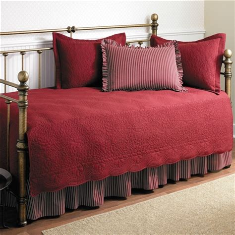 twin size  piece daybed cover ensemble quilt set  scarlet red cotton fastfurnishingscom