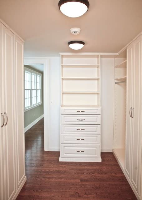 master closet walk through