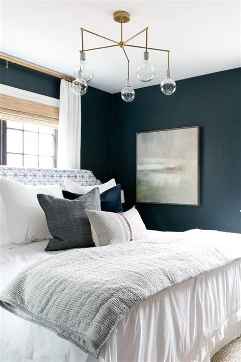 small dark bedroom 25 best ideas about dark bedroom walls on pinterest