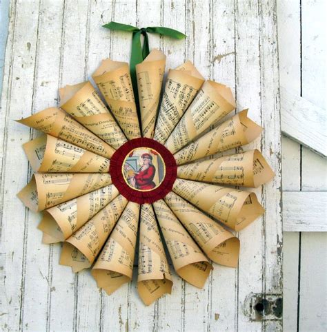 How To Make Wreath With Paper - ingenious and crafty ways of turning paper into stylish