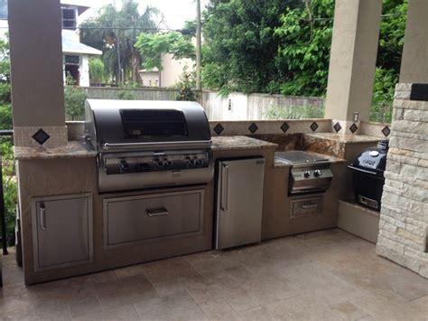 Outdoor Kitchens Houston by Houston Outdoor Kitchen Goes Mediterranean Modern