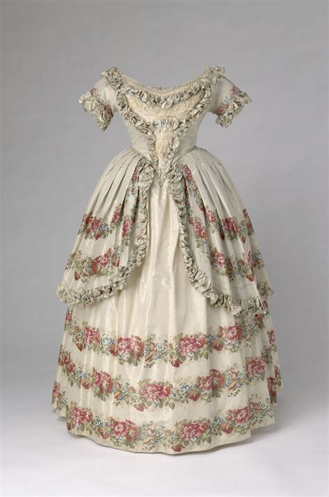 Flowery Dress Majesty 17 best images about royal historical gowns on hermitage museum gowns and