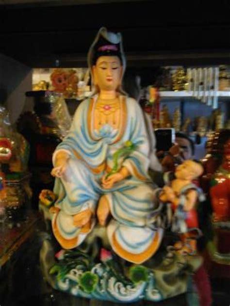 Pajangan Patung Dewi Kwan Im Patung Dewi Kwan Im Lq 344 W T1310 jual patung dewi kwan im diatas teratai kuningan