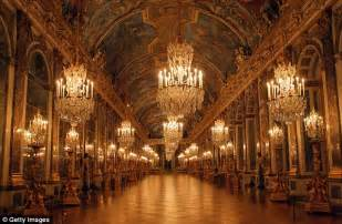 Marie Antoinette Chandelier Kim Kardashian Wants Her New Home To Look Like The Hall Of