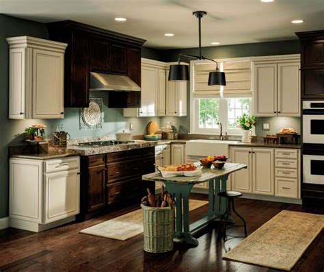 Kitchen Cabinets Aristokraft Aristokraft Overton Kitchen Cabinet Door Style Purestyle Laminate Wood With Toasted Antique