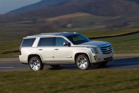 Future Cadillac Models by Future Cadillac Models Ct3 Postponed Xt3 To Go On Sale