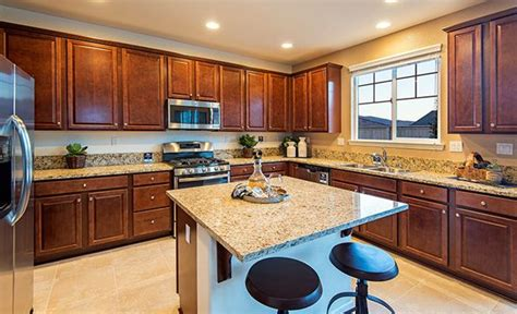we the rich cabinets in this kitchen from