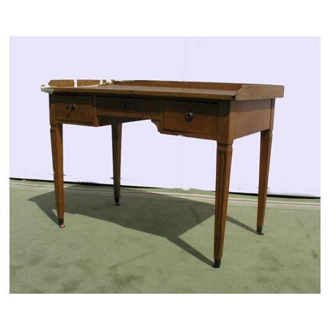 bureau style louis xvi bureau style louis xvi sur moinat sa antiquit 233 s d 233 coration