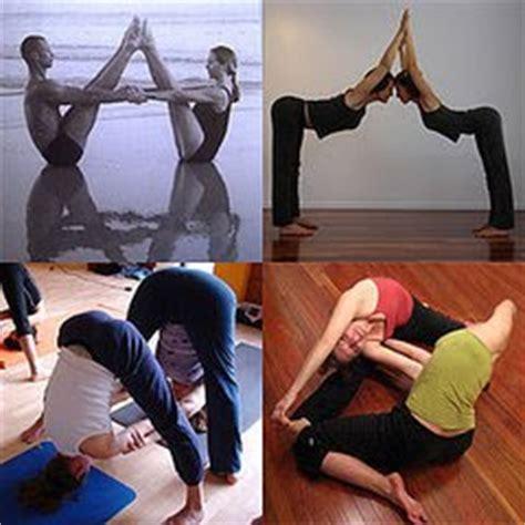 imagenes de yoga para dos 191 por qu 233 practicar yoga para dos