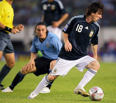 soccer world cup the last time argentina s away shirt was almost black