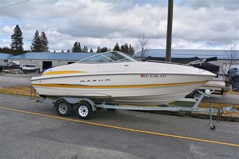 maxum power boats power boats maxum 2100 sc boats for sale boats