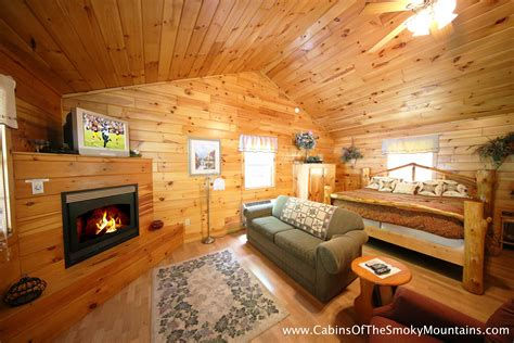 One Bedroom Cabins In Pigeon Forge by One Bedroom Cabins In Gatlinburg Pigeon Forge Tn