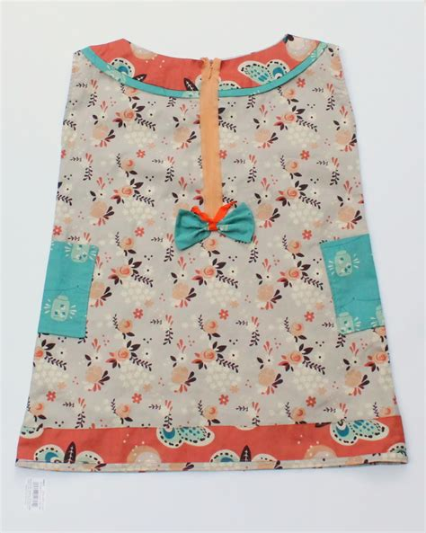 sewing pattern shift dress posted by blooms and bugs at 4 31 pm