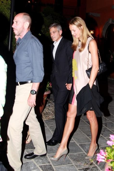 stacy keibler i george clooney george clooney and friends out for dinner at lake como