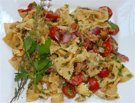 pasta salad with tuna 7 tips for a great salad grilled salmon and mixed greens