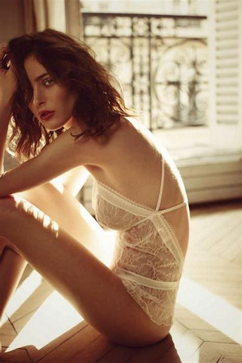 suddenlink commercial actress rose monette la lingerie comme une histoire de soie dans les
