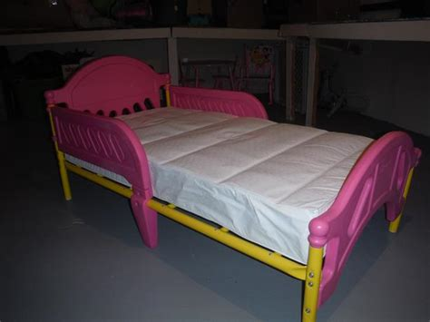 toddler bed with mattress included little girls pink toddler bed with mattress included summerside pei