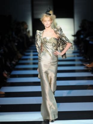 Looks Of The Week Fabsugar Want Need 34 by Couture Fashion Week 2012 Armani Prive Top 5