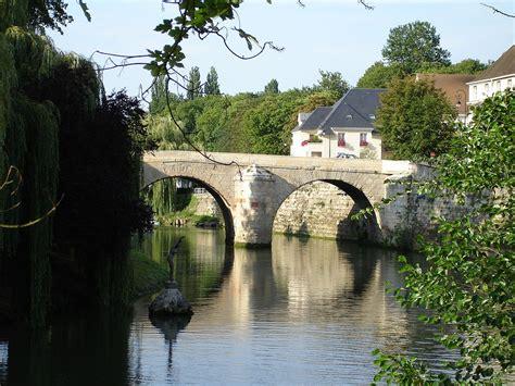 File:L Isle Adam Pont du Cabouillet 01 Wikimedia Commons