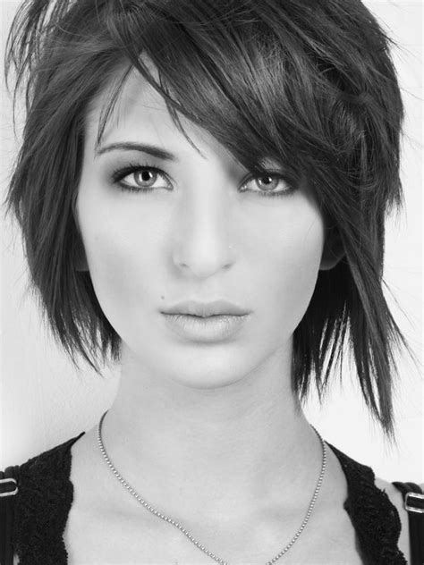 edgy bob haircuts 2015 best 25 shaggy layered bobs ideas on pinterest