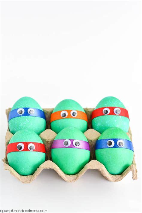 huevos decorados de emojis pascua ideas para decorar huevos con los ni 241 os