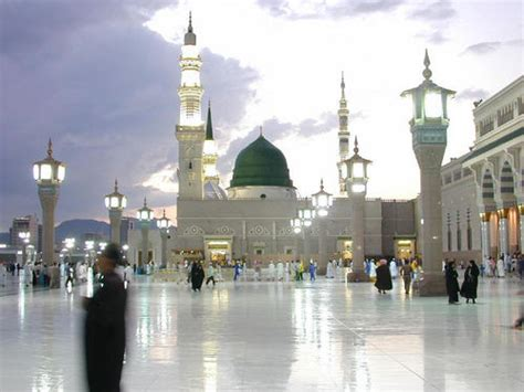 islamic holly places masjid  nabvi