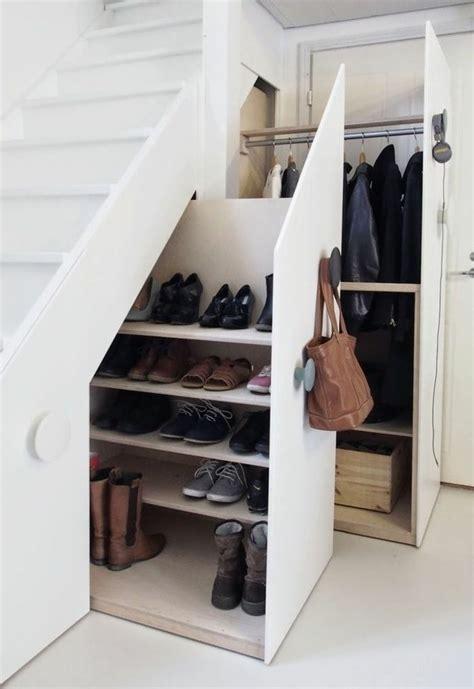 Rangement Chaussures Ikea 591 by Etagere Sous Escalier Decoration Sous Escalier