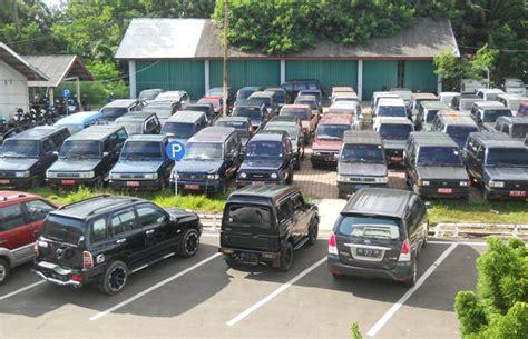 Lu Utama Mobil Eks Pejabat Masih Kuasai Mobnas Bengkuluekspress