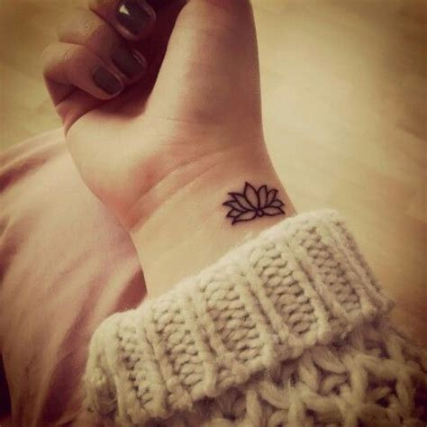 fiore designs best 25 flower wrist tattoos ideas on