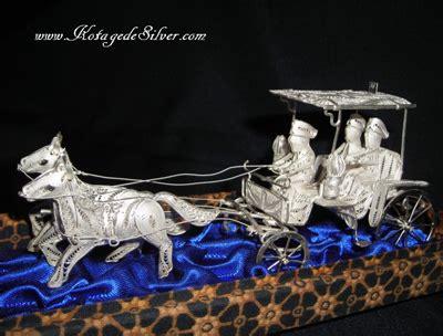 Kalung Kereta Kencana kotagedesilver manufaktur dan ritel kerajinan perak kotagede yogyakarta