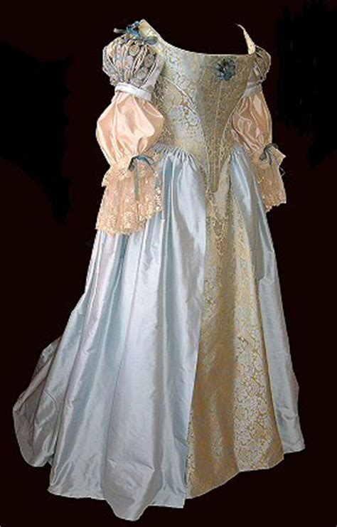 Period Wedding Dresses Uk by Alternative And Period Inspired Wedding Dresses