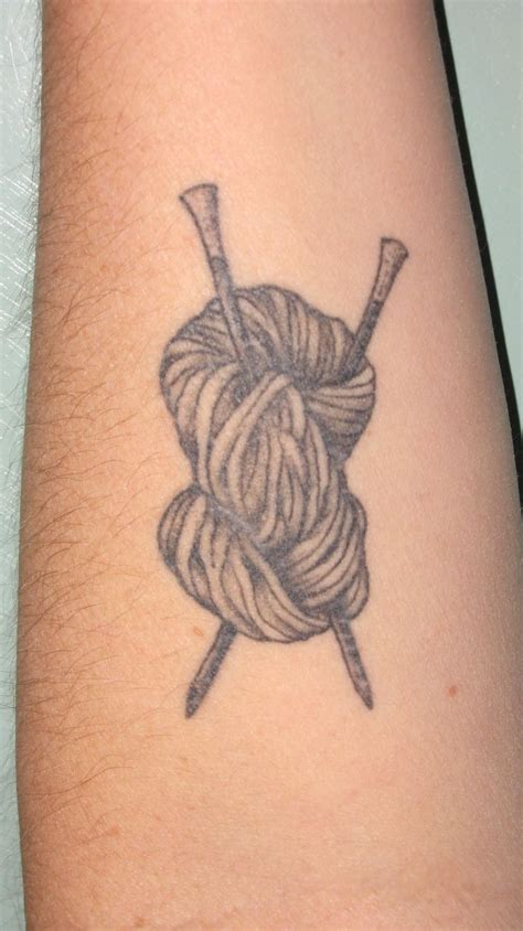 knitting tattoo 25 best ideas about yarn on knitting