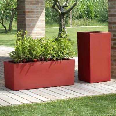 vasi colorati da esterno vasi particolari per rinnovare il giardino