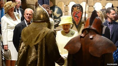 film queen of game queen and prince philip visit game of thrones film set