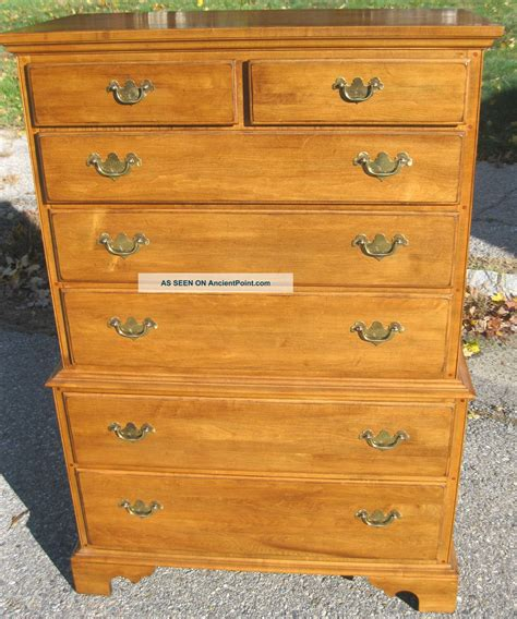 ethan allen maple dresser used good ethan allen dresser on ethan allen circa 1776 solid