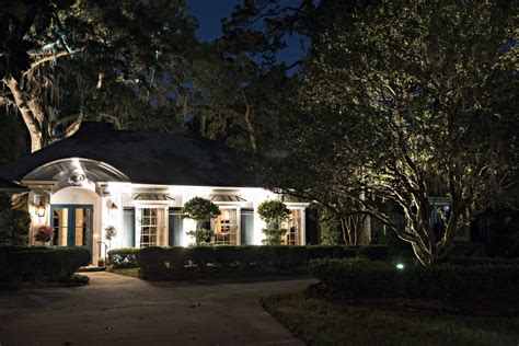 Professional Landscape Lighting Create Curb Appeal With Landscape Lighting Lavin Label