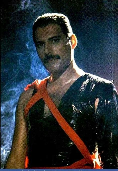 freddie mercury best biography 544 best images about freddie mercury forever on pinterest