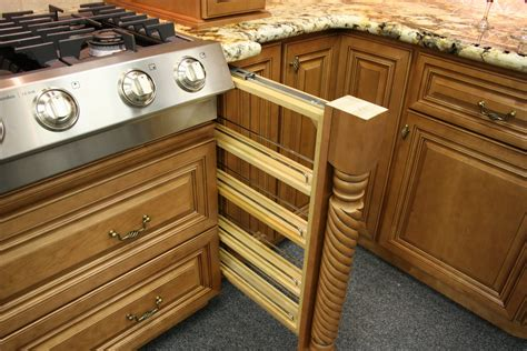 glazed maple kitchen cabinets cinnamon maple glazed kitchen cabinets quicua for glazed