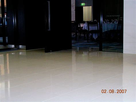 foyer quartz r ten plus non slip surface treatment